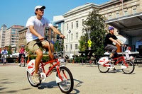 Car-free Day can serve as a Chance for Small Businesses to Support the Cause and Cyclists